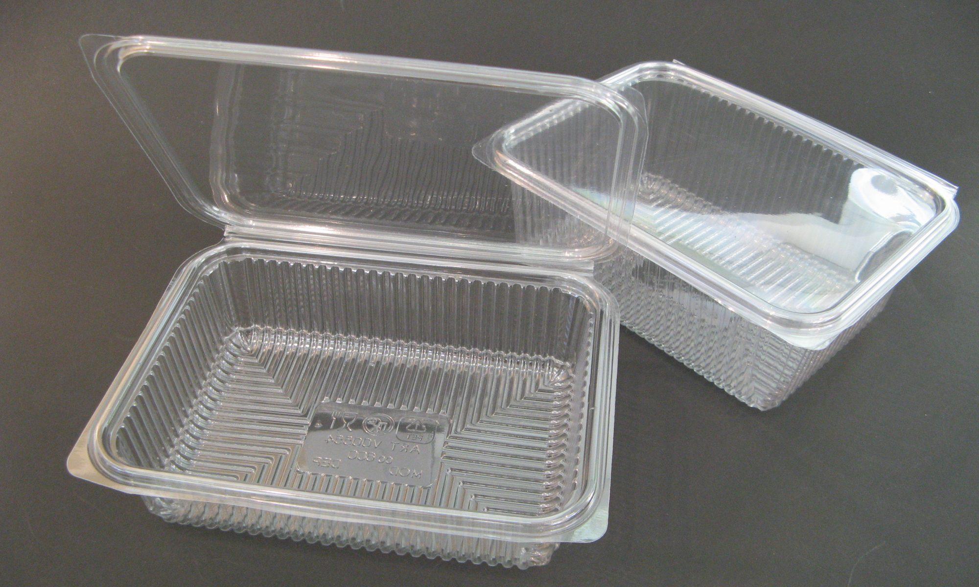 Plastične posodice za sladice