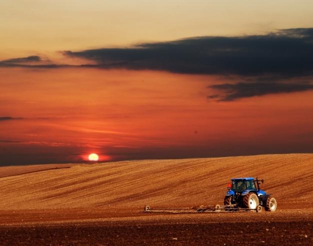 Kardani so pomembni deli priključka kmetijskih naprav